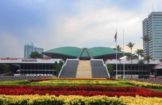 Lembaga Tinggi Negara Indonesia Hak Tugas Ketentuan
